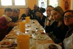 Seguimi-Gruppo-Basil-Servizio-a-mensa-3